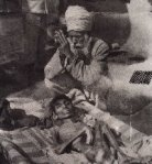 Bhagat Puran Singh offering the last Ardas (prayer for the soul to rest in peace) for an abandoned patient